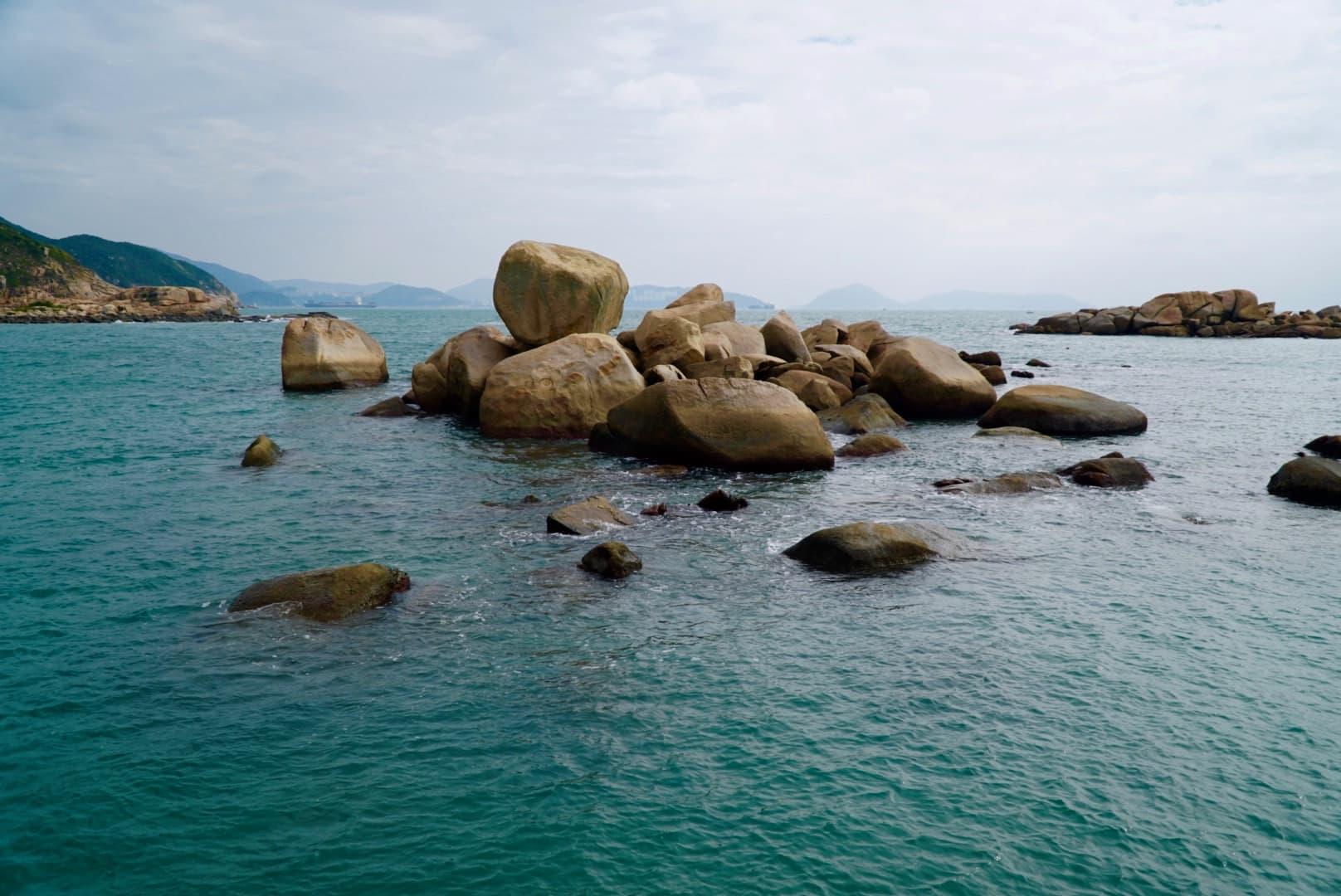 rocks at Yung Shue Ha