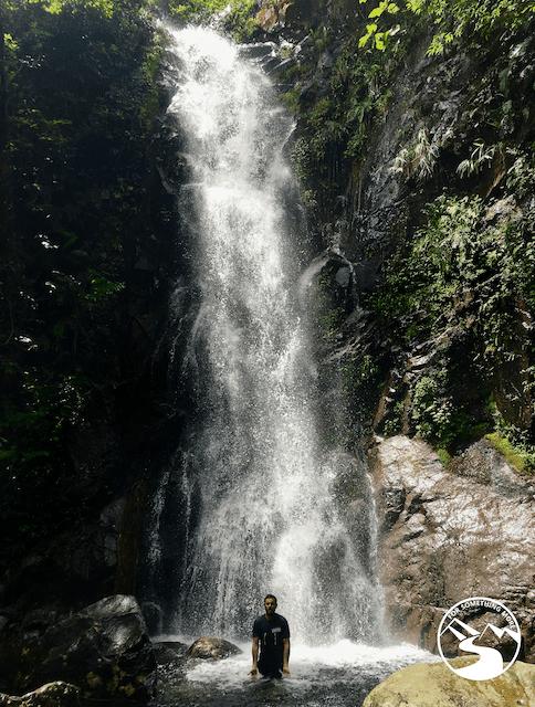 hike Ng Tung Chai waterfalls