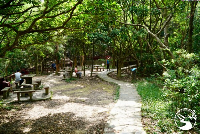 Hiking in Kennedy Town up High West