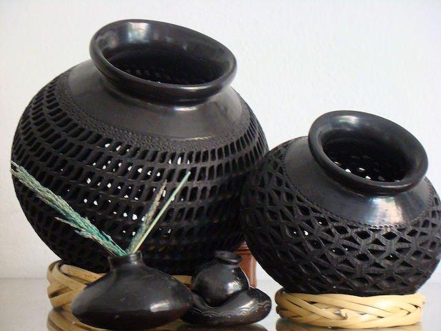 San-Bartolo-Coyotepec-Pottery.jpeg