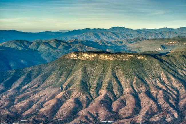 view from Oaxaca to Puerto Escondido on Aero Tucan