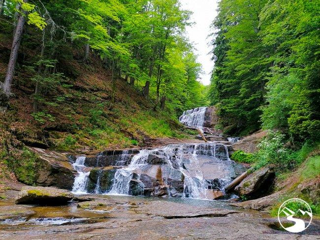 Bosnia-Waterfalls_15_Kozice-Waterfall-2-2-1.jpg