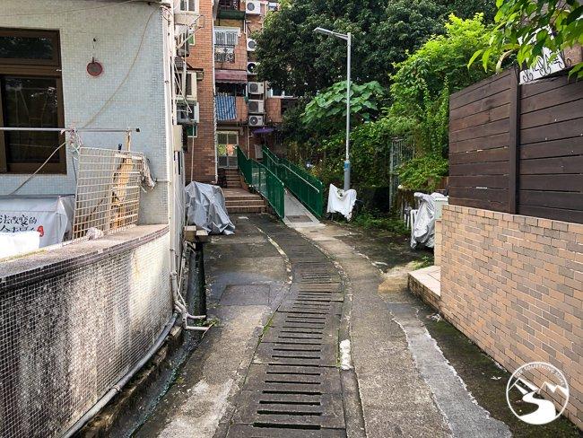 follow this sidewalk