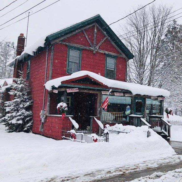 Ozzie's Coffee Shop