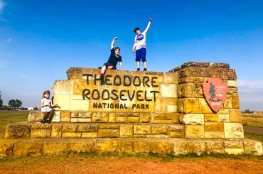Theodore-Roosevelt-National-Park-With-Kids-COVER-370x245.jpg