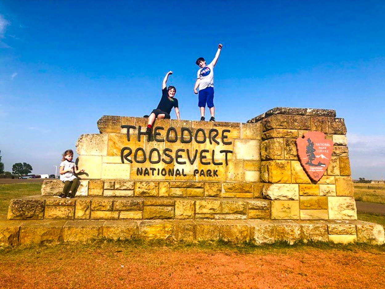 Theodore-Roosevelt-National-Park-With-Kids-COVER.jpg