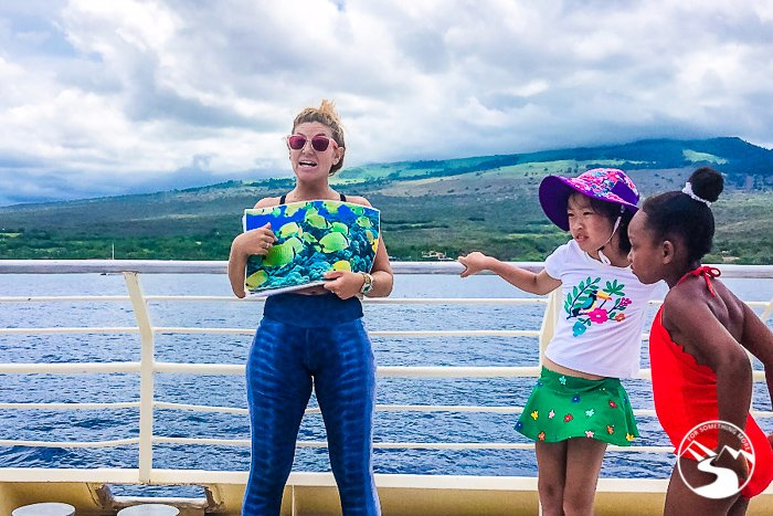 marine naturalists teaching kids about conservation