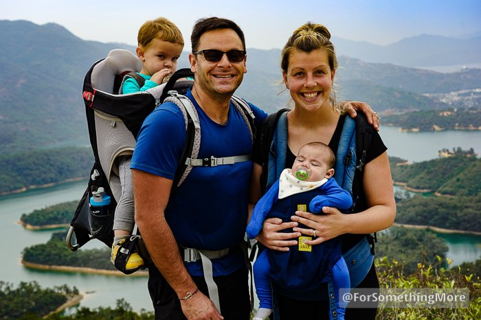 family photo at Tai Lam Chung Reservoir (大欖涌水塘 千島湖) Thousand Island Hike