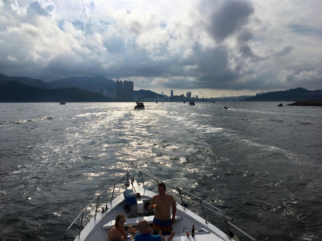 Hong-Kong-Junk-Boat_9.jpeg