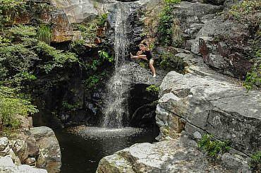ping-nam-stream-waterfalls-COVER-1-1-370x245.jpg